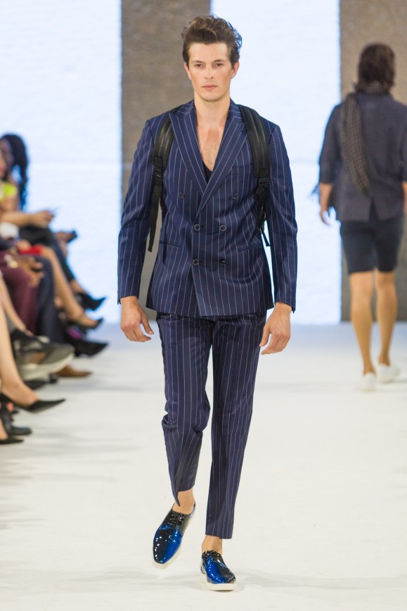 shayne-gray-TOM-aug-20-runway-Dalla-1152