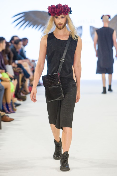 shayne-gray-TOM-aug-20-runway-Just-Ta-2175