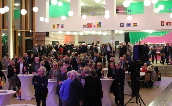 Richtig was los war beim Neujahrsempfang der Stadt Papenburg am Mittwochabend in der Heinrich-von-Kleist-Schule. Rund 300 Gäste waren gekommen. Foto: Stadt Papenburg