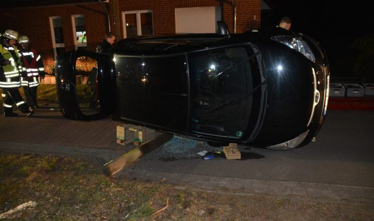Aktuell: Verkehrsunfall in der Straße Heckenrosenweg in Meppen >Foto: NordNews.de