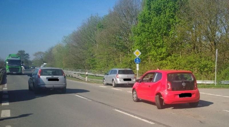 Verkehrsunfall mit drei PKWs auf der Dalumer Straße Foto: NordNews.de