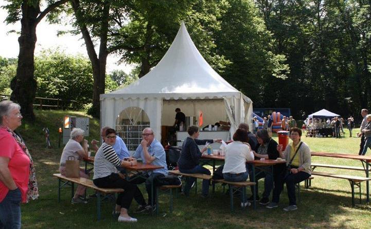 Kunsthandwerkermarkt auf der Schülerwiese Foto: Stadt Meppen