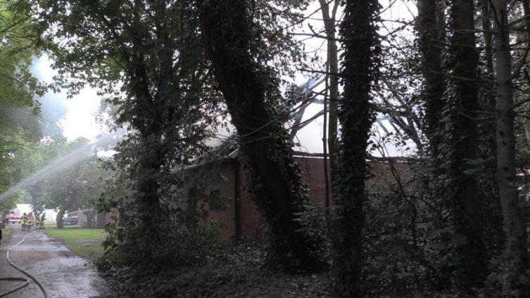 Aktuell: Scheunenbrand in Bawinkel - Viele Feuerwehren im Einsatz Foto: NordNews.de