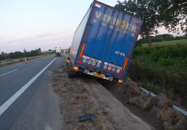 Lathen - Unfall in Baustelle auf A 31 Foto: Presseportal.de