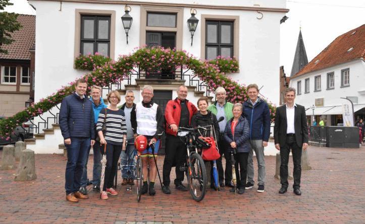 """""""Inklusion braucht Aktion""""-Radtour 2018 macht Halt in Lingen - Aktion Aufmerksamkeit für Inklusion erzielen Foto: Stadt lingen"""