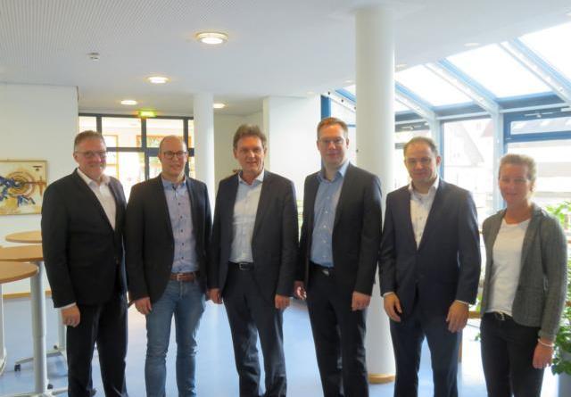 Deutsche Glasfaser: 10 Millionen Euro in Lingen investiert - Zehn Wohn- und vier Gewerbegebiete angeschlossen Foto: Stadt Lingen