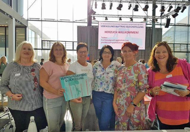 Auch die Frauenbeauftragten aus der Region Emsland und Grafschaft unterstützen die Forderungen der deutschen kommunalen Gleichstellungsbeauftragten in Karlsruhe. Foto: Stadt Haren