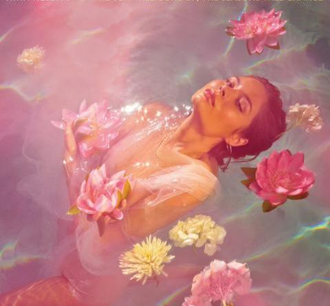 """Nina Nesbitt präsentiert das offizielle Video zu """"Colder"""" und läutet den Endspurt zu ihrem Album """"The Sun Will Come Up, The Seasons Will Change"""" ein"""