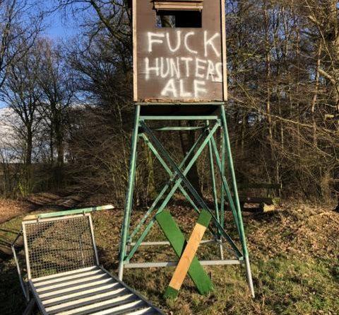 Werlte/Lorup - Zahlreiche Hochsitze der Jägerschaft beschädigt Foto: Polizei
