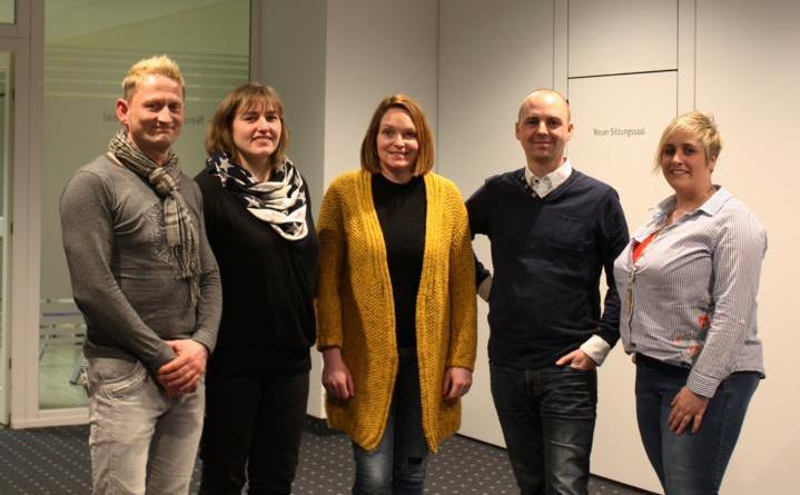 Der neue Stadtelternrat freut sich auf die vor ihm liegenden Aufgaben (von links): Dirk Köhler, Janina Speelmann, Marion Gehrmann-Kalvelage, Jan Averdung und Sabrina Hartkemeyer. Foto: Stadt Papenburg