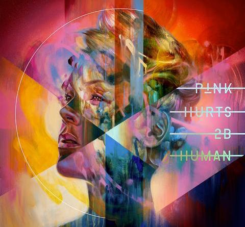 """P!NK veröffentlicht das neue Video zu ihrer Single """"Walk Me Home"""" Regie führte The Greatest Showmans Michael Gracey"""