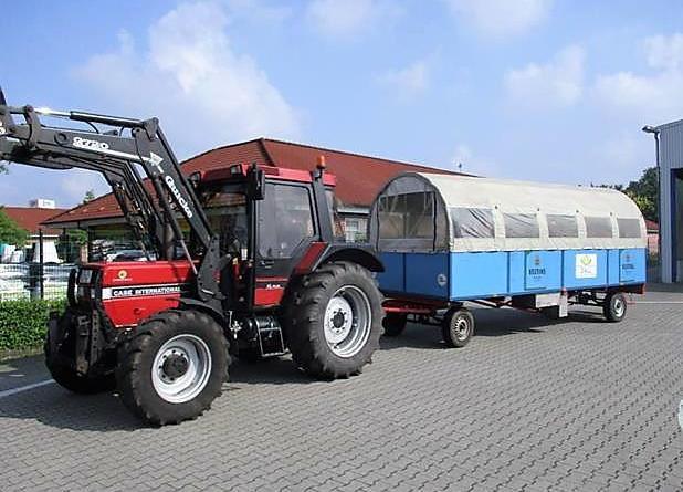 Ohne Genehmigung keine Beförderung - Transport von Personen auf Anhängern nicht zulässig – Ausnahmeregelungen - Foto: Landkreis Emsland