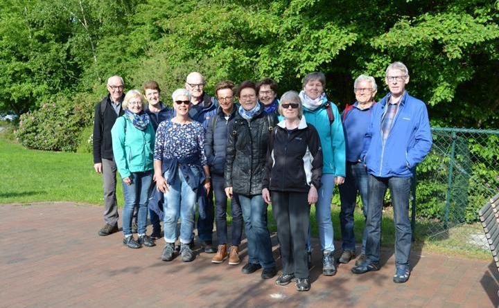 Wandergruppe zur After-Work-Wanderung am Tag des Wanderns zum Meerkolk. Foto: Gemeinde Geeste