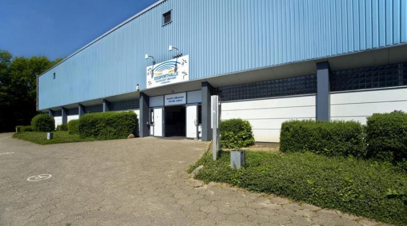 Landkreis schließt Betrieb der Eissporthalle – Risse in Dachkonstruktion - Foto: Landkreis Grafschaft Bentheim