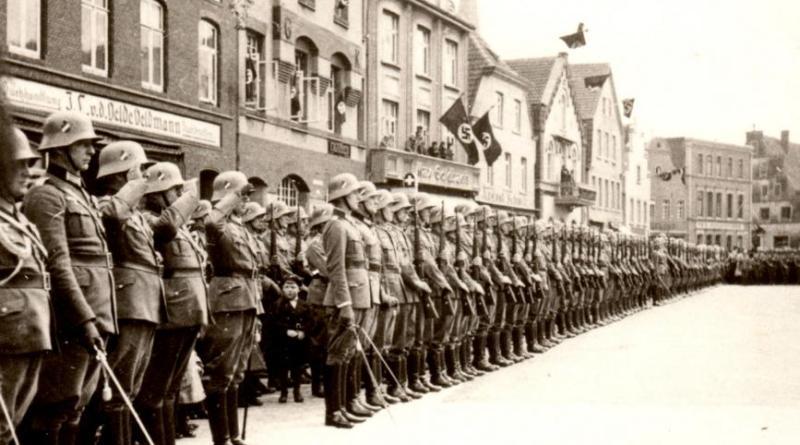 """Im ersten Herbstvortrag des Jahres widmet sich Stadtarchivar Dr. Mirko Crabus dem Thema """"Lingen im Nationalsozialismus"""" (Foto: Stadtarchiv Lingen)."""