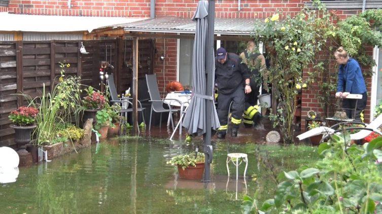 Lingen Aktuell - Starkregen überflutet Strassen und Keller - Foto: NordNews.de
