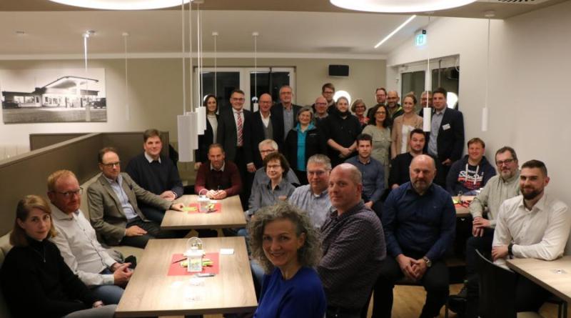 Viele Unternehmer sind der Einladung der Wirtschaftsförderung in das Diesel Diner zur Präsentation der Ergebnisse der Unternehmerbefragung gefolgt. Foto: Stadt Meppen