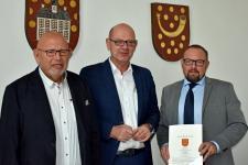 Schornsteinfeger Dieter Lübbermann geht in den Ruhestand - Foto: Landkreis Grafschaft Bentheim