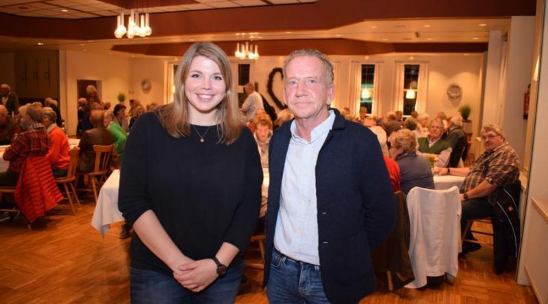 (v.l.) Für Veranstaltung des SoVD-Ortsverbandes Lingen konnte Siggi Gebbeken Referentin Vanessa Gattung gewinnen, die einen Vortrag zum Thema Demenz hielt. Foto: SoVD