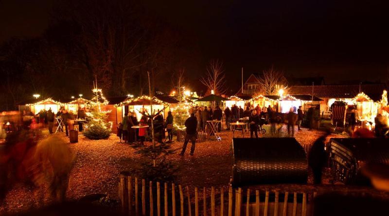 Weihnachtsmarkt im Tierpark Nordhorn - Stimmungsvolle Eröffnung mit Lichterfest am Freitag, den 6.Dezember - Foto: Franz Frieling