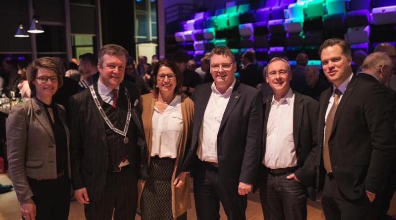 (von links): Bürgermeisterin Daniela Kösters, Bürgermeister Thomas Berling, Bürgermeister Bert Bouwmeester. Foto: Alieke Eising