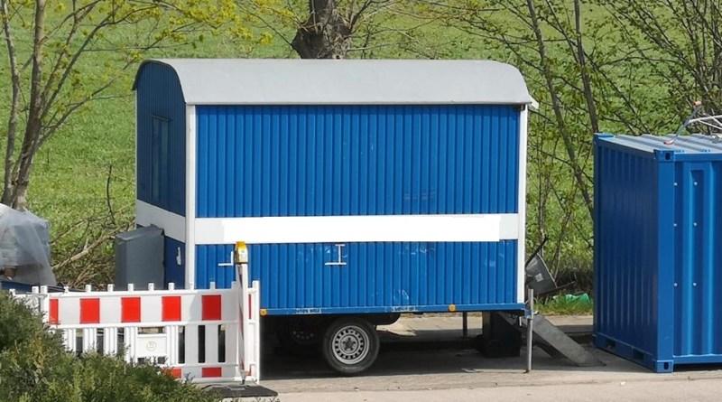 Lingen - Bauwagen an der Elisa-Brandström-Straße aufgebrochen Container