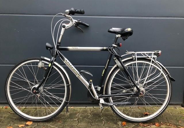 Lingen -Schwarz - silbernes Herrenrad - Eigentümer gesucht - Foto: Polizei