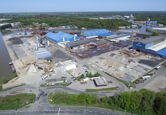 Deutschlands modernste Substratfabrik entsteht in Papenburg - Klasmann-Deilmann und Schulte & Bruns investieren in Zukunft der Substratwirtschaft - Foto: Dirk Röse