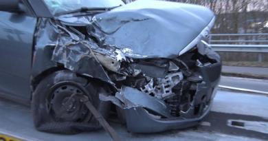 Lingen - Unfall zwischen Tanklaster und Pkw - Foto: NordNews.de Übersicht1