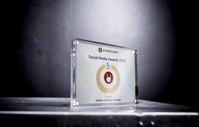 """Lingen verteidigt Podium: EMP auf Platz 1 der Storyclash Social Media Award """"Fashion & Retail Brands in Germany"""" - Foto: CMM Gmbh"""