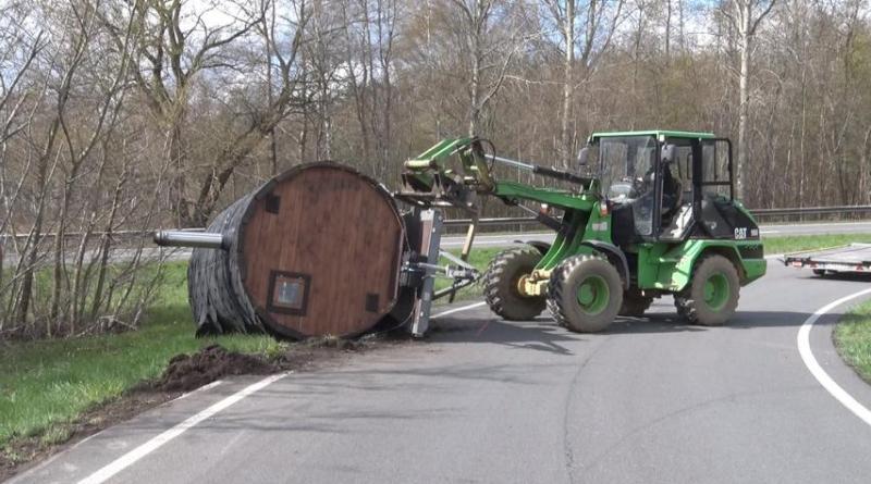 Unfall in Lingen - Mobile Sauna mobilisiert sich selber