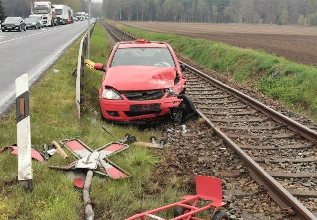 Haselünne - Zwei Personen bei Unfall verletzt - Foto: NordNews.de