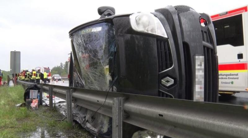 Salzbergen - Drei Erwachsene und ein Kind nach Unfall im Krankenhaus - Foto: NWM B.P.