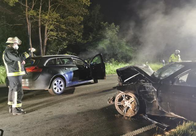 Meppen - Alkohol am Steuer - drei Verletzte bei Unfall auf der B70 - Foto: NordNews.de