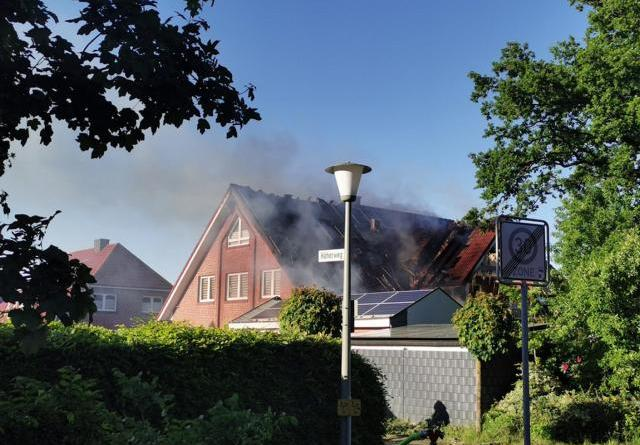 Wietmarschen - Mehrfamilienhaus in Brand geraten - offizielle Polizeimeldung - Foto: NordNews.de