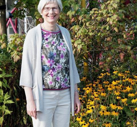 Oberstudienrätin Dorothea Leutenantsmeyer wird nach 35-jähriger Dienstzeit am Gymnasium Nordhorn in den Ruhestand verabschiedet