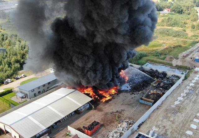Teist - Schadstoffbelastungen nach Großbrand - Combi Markt Wieke wird geschlossen - Foto: NordNews.de