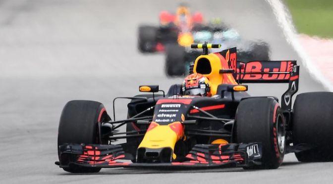 Verstappen domina in Malesia, la Ferrari spreca (ancora)