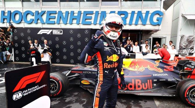 Verstappen, Vettel e Kvyat festeggiano la Mercedes