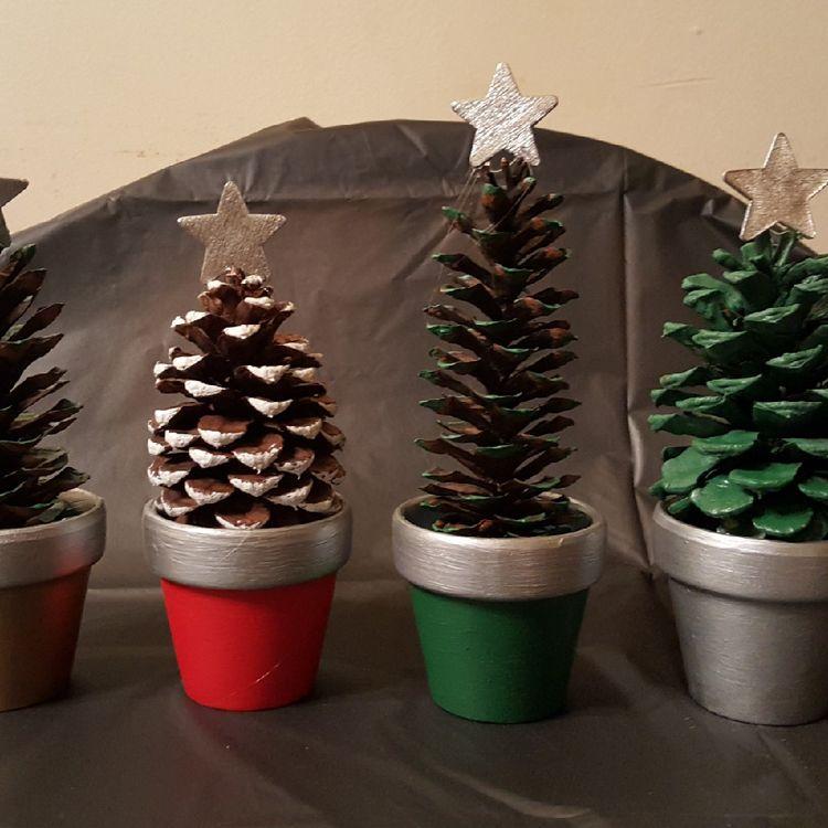 Pinecone Christmas Tree 4