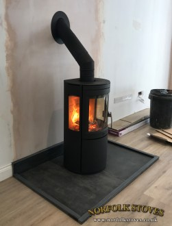 Varde Bolton Wood Burning Stove with glass sides