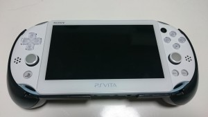 PSVITA2000用 L2/R2ボタン搭載グリップカバー
