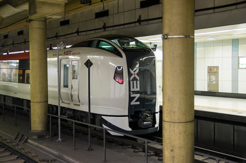 池袋駅の特急「成田エクスプレス」乗り場は何番線ホーム?