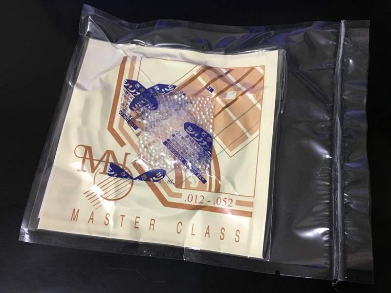 Newtone Strings 12-52 1350円(税込) NMC-ML Phosphor Bronze Master Class