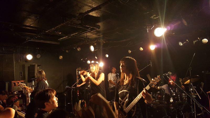 高橋しょう子(たかしょー)さんのギターの機材! AV・セクシー女優だけど超本格派!