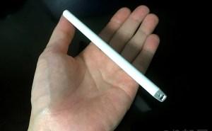 薄い!【徹底解説】TOPVISION モバイルバッテリー 3600mAh が普段使い・持ち運びで最強にオススメ!薄くて(7mm)と軽い(60g)!!【iPhoneで充電実測】