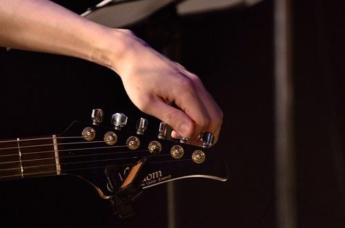 ギタリストの道を進んで言い訳は意味がないと感じた 「環境が悪い」「才能がない」を言い訳に使わないようにする方法。