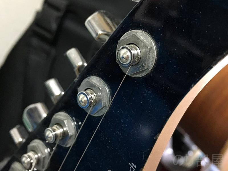ギターワッシャーを締める。モンキーレンチ(アジャスタブルレンチ) 【徹底解説】ギタリストがギターケースに入れておくオススメのアイテム。トラブルがあっても心配なし!【初心者必見】