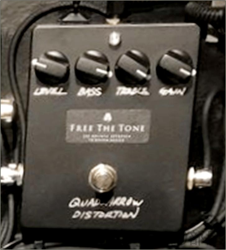 綾野剛(The XXXXXX)さんの ツマミ・ノブの位置 Free The Tone Quad Arrow Distortion 【徹底紹介】綾野剛のエフェクターボード・機材を解析!ツマミ・ノブの位置も分かる!ギターを支える機材の数々を紹介!ギター。 #綾野剛 #thexxxxxx #ザシックス【金額一覧】
