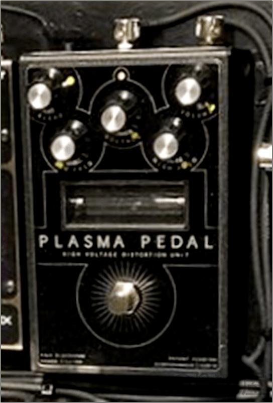GAMECHANGER AUDIO PLASMA PEDAL 【徹底紹介】綾野剛のエフェクターボード・機材を解析!ツマミ・ノブの位置も分かる!ギターを支える機材の数々を紹介!ギター。 #綾野剛 #thexxxxxx #ザシックス【金額一覧】
